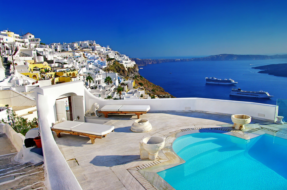 'Enjoy an Affordable Journey to Greece